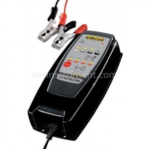 Автомобильное зарядное устройство DECA SM 1270 / 12 В (7 А)