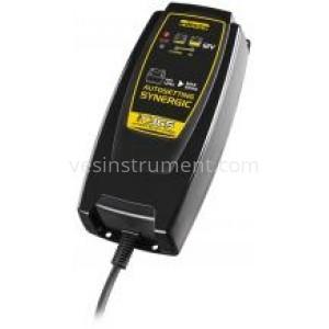 Автомобильное зарядное устройство DECA SM C36S Synergetic / 12 В (3.6 А)